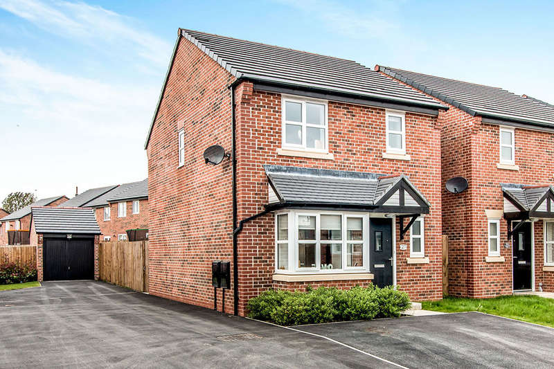 3 Bedrooms Detached House for sale in Connaught Avenue, Radcliffe, Manchester, M26
