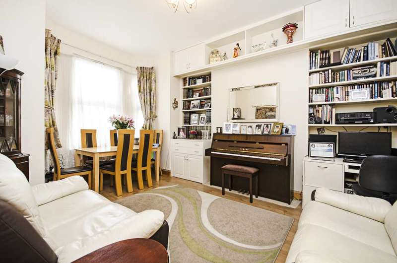 2 Bedrooms Flat for sale in Second Avenue, Hendon, NW4