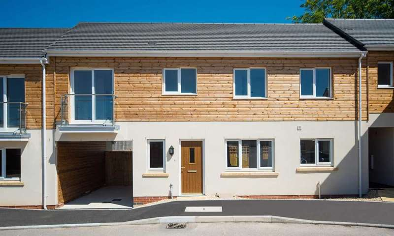 3 Bedrooms Property for sale in Mitchell Gardens, Axminster