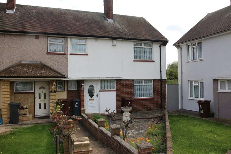 3 Bedrooms Semi Detached House for sale in Manor Road, Dagenham