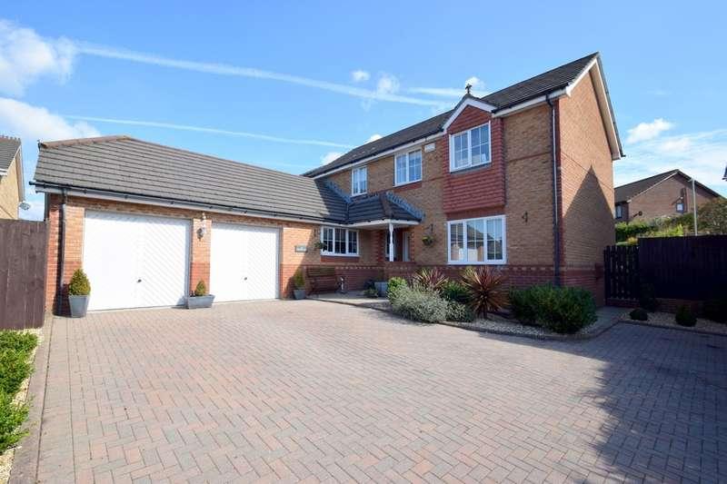 4 Bedrooms Detached House for sale in 4 Kingfisher Close, Brackla, Bridgend, Bridgend County Borough, CF31 2NY.