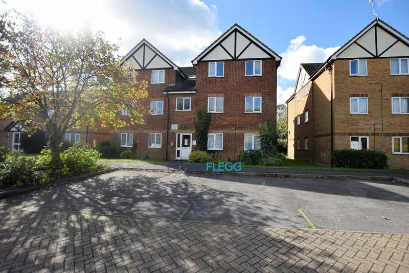 1 Bedroom Flat for sale in Langley, Slough
