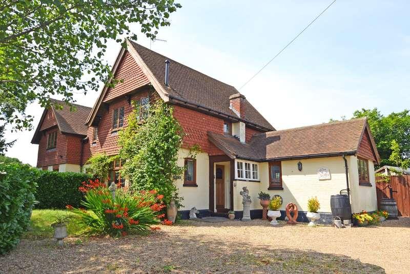 2 Bedrooms House for sale in Wimland Road, Rusper, Horsham, RH12