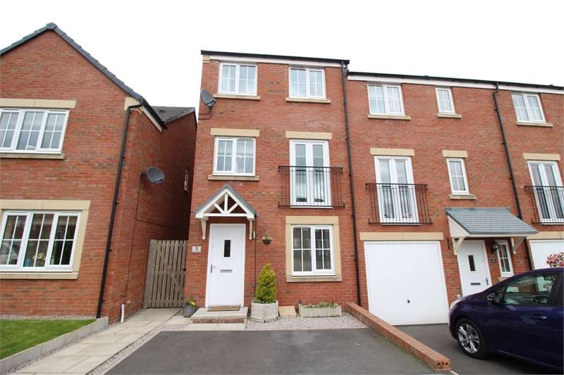 3 Bedrooms Town House for sale in CA1 2PG Barley Edge, off Durranhill Road, Carlisle, Cumbria
