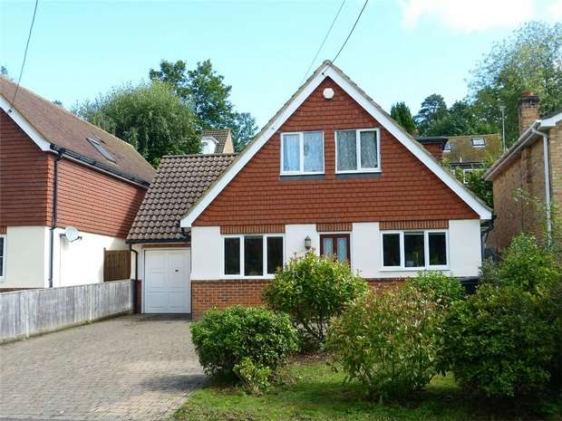 4 Bedrooms Detached House for sale in Henley-on-Thames, Oxfordshire
