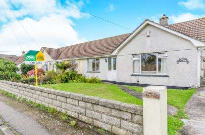 3 Bedrooms Bungalow for sale in Illogan, Redruth, Cornwall