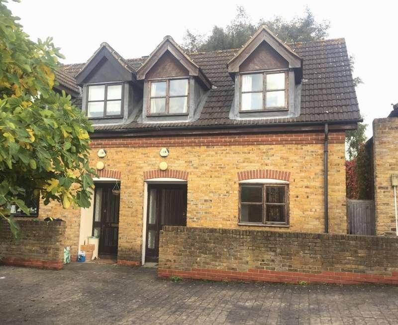 2 Bedrooms Semi Detached House for sale in Lyn Mews, Palatine Road, Stoke Newington, London, N16 8SF
