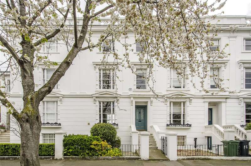 4 Bedrooms Terraced House for sale in Grafton Square, London, SW4