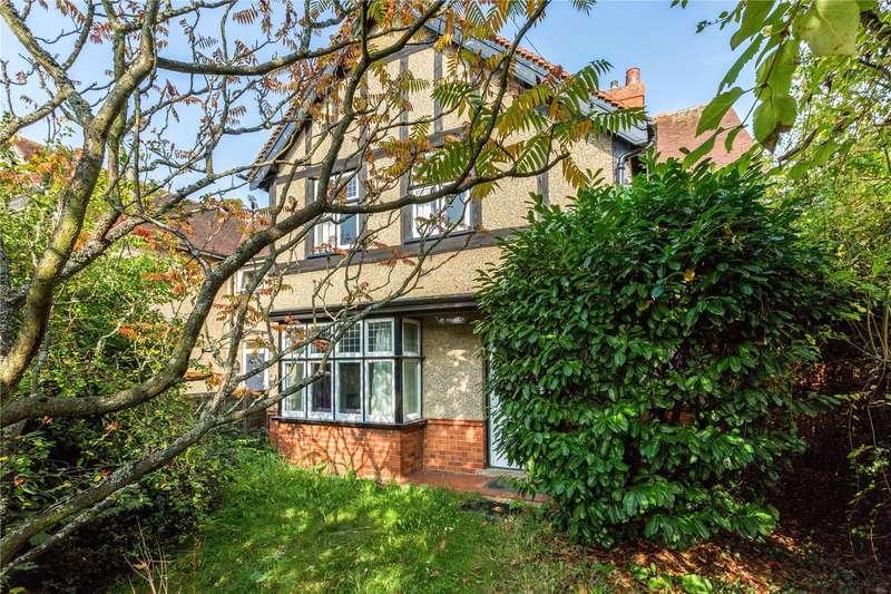 3 Bedrooms Detached House for sale in Furze Platt Road, Maidenhead, Berkshire, SL6