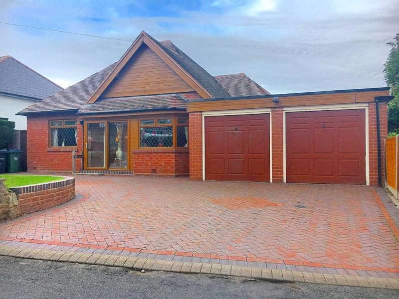 4 Bedrooms Bungalow for sale in CHARLEMONT ROAD, WEST BROMWICH, WEST MIDLANDS, B71 3DY