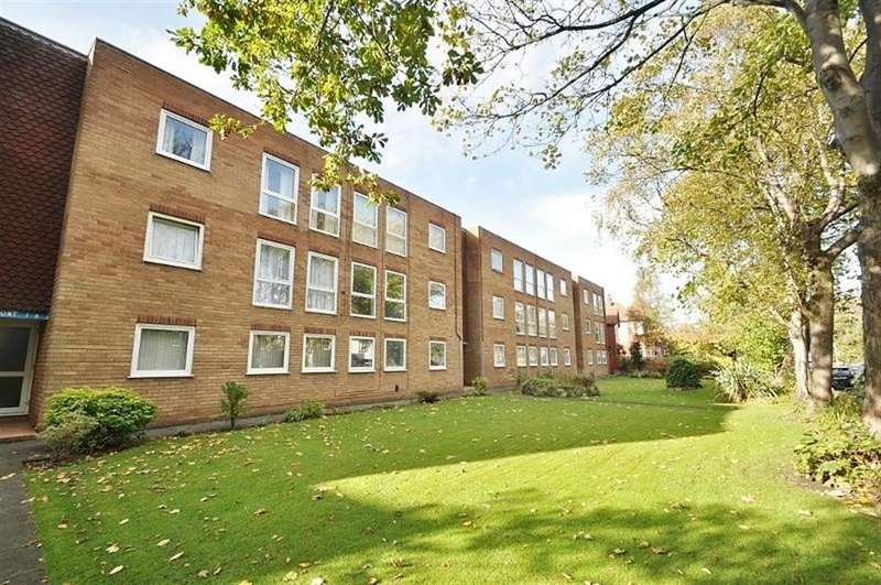 2 Bedrooms Flat for sale in Penkett Road, Wallasey, CH45 7QG
