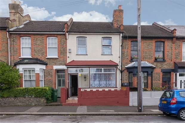 2 Bedrooms Terraced House for sale in Renness Road, Walthamstow, London