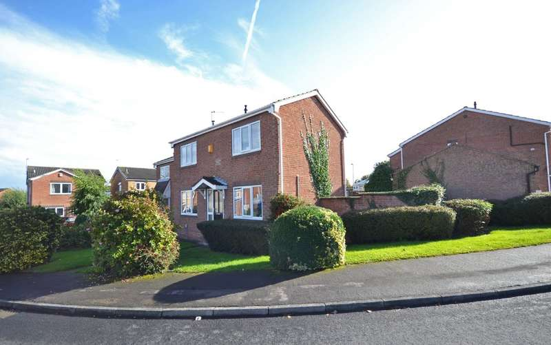 3 Bedrooms Detached House for sale in Glastonbury Avenue, Wakefield