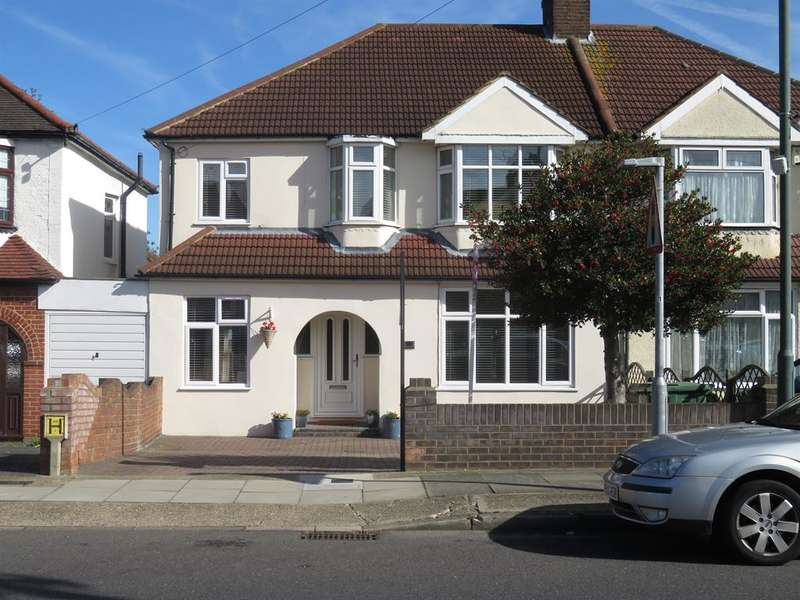 6 Bedrooms Semi Detached House for sale in Westwood Lane, Welling, Kent, DA16 2HJ