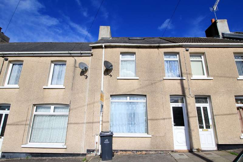 3 Bedrooms Terraced House for sale in Lewis Street, Crumlin, Newport, NP11