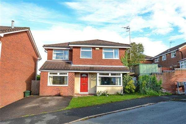 4 Bedrooms Detached House for rent in Denholme, Upholland