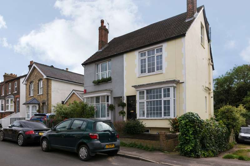 4 Bedrooms House for sale in Doods Rd, RH2