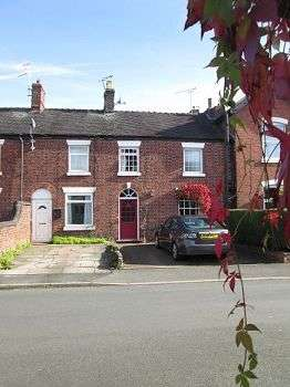 3 Bedrooms Terraced House for sale in Rowantree Cottage, Elworth Street, Sandbach, CW11 1HA