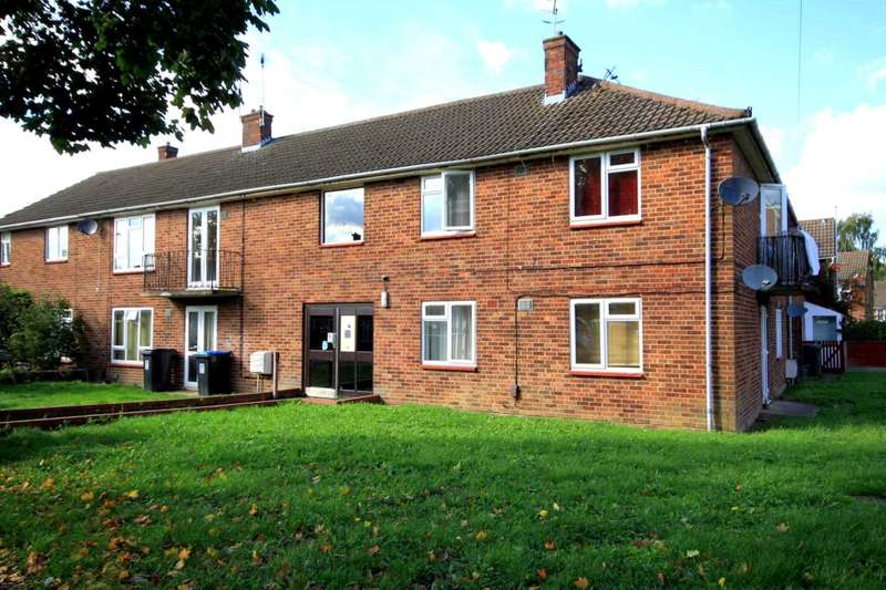 1 Bedroom Apartment Flat for sale in REFURBISHED 1 BED APARTMENT IN Fletcher Way, HP2