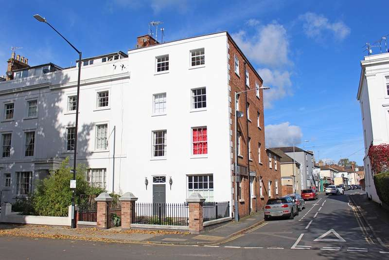 2 Bedrooms Apartment Flat for sale in Willes Road, Leamington Spa