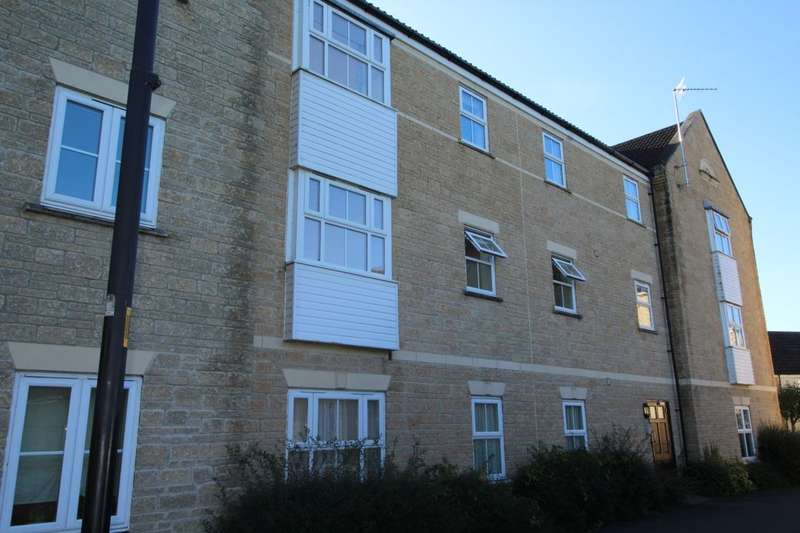 2 Bedrooms Flat for sale in Grouse Road, Calne, SN11