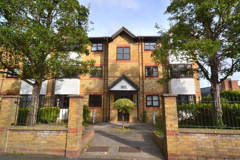 1 Bedroom Flat for sale in Park Lodge, St. Albans Road, Garston