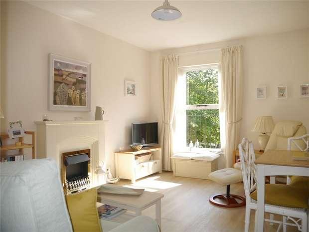 1 Bedroom Maisonette Flat for sale in Shephard Mead, Tewkesbury, Gloucestershire