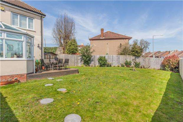 3 Bedrooms End Of Terrace House for sale in Dunstan Mews, Bedminster, Bristol, BS3 3AS