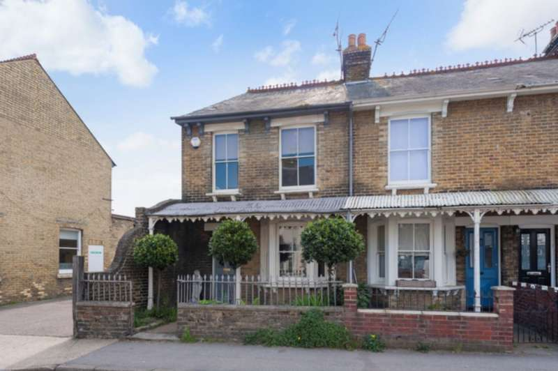 2 Bedrooms End Of Terrace House for sale in Canterbury Road, Whitstable, CT5