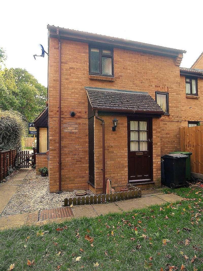 1 Bedroom Cluster House for sale in Long Copse Chase, Chineham, Basingstoke, RG24