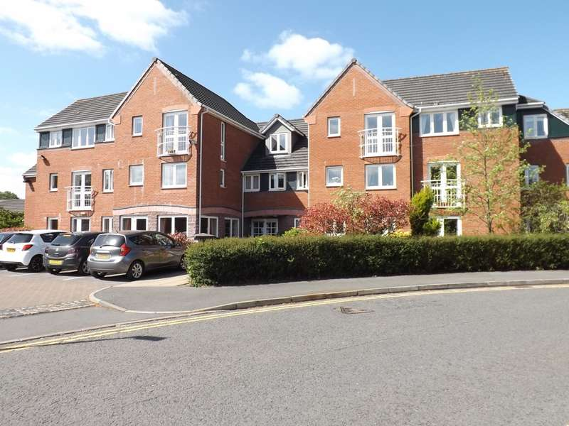 1 Bedroom Flat for sale in Lovell Court, Holmes Chapel, CW4