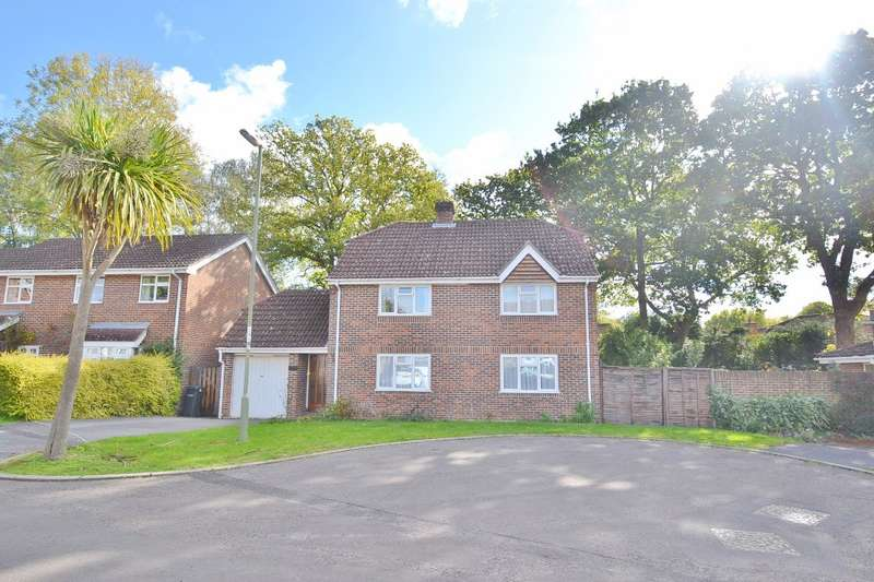 4 Bedrooms Detached House for sale in Boyatt Wood
