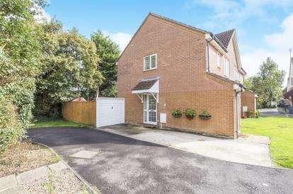 1 Bedroom Maisonette Flat for sale in Ellison Close, Abbeymead, Gloucester, Gloucestershire