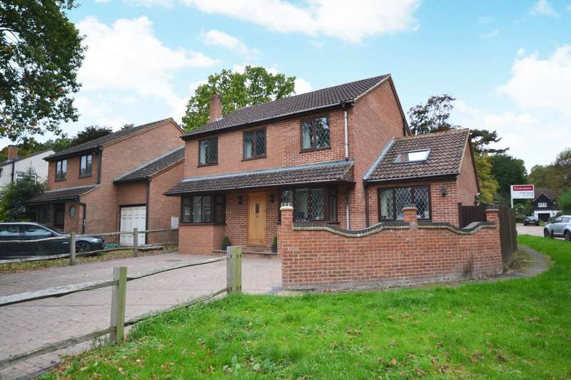 4 Bedrooms Detached House for sale in Row Town