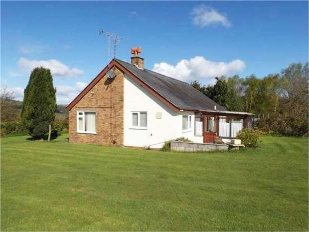 3 Bedrooms Detached Bungalow for sale in Halton, Chirk, Wrexham