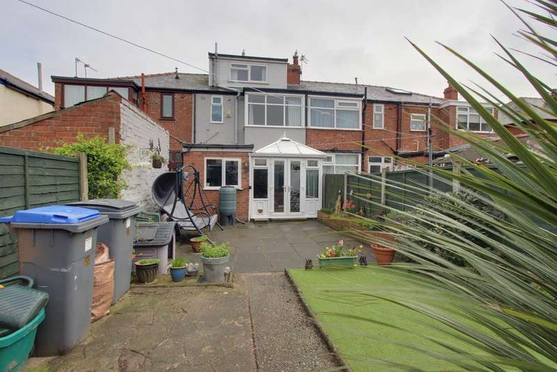4 Bedrooms Terraced House for sale in TORQUAY AVENUE, BLACKPOOL FY3