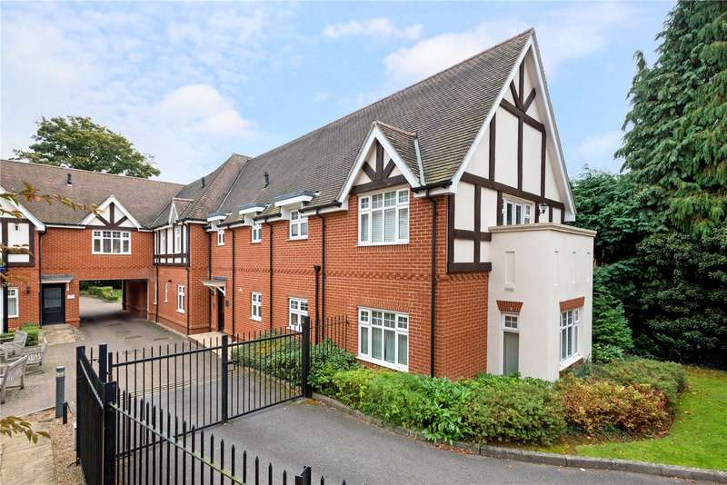 2 Bedrooms Flat for sale in Warwick Place, 8 Wray Common Road, Reigate, Surrey, RH2