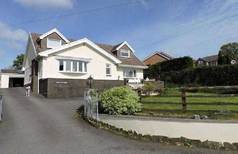 4 Bedrooms Detached House for sale in Ebenezer Road, Llanedi, Pontarddulais, Swansea, City County of Swansea.