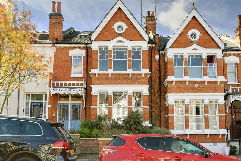 1 Bedroom Flat for sale in Curzon Road, Muswell Hill, London