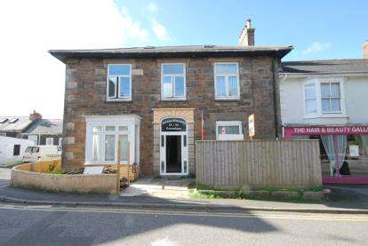 1 Bedroom Flat for sale in Redruth, Cornwall