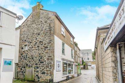 1 Bedroom Flat for sale in Chapel Street, St. Ives, Cornwall