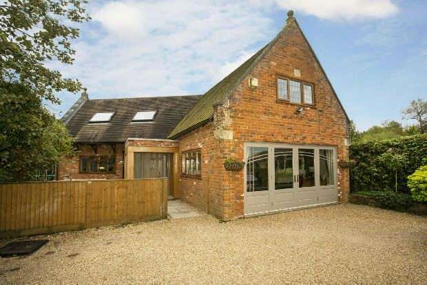 4 Bedrooms Detached House for sale in School Lane, Riseley, RG7 1XT