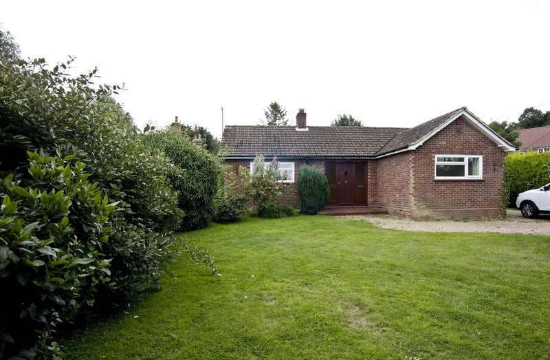 3 Bedrooms Bungalow for sale in EIGHT ASH GREEN, COLCHESTER, Essex, CO6