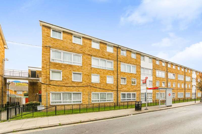 2 Bedrooms Flat for sale in Dersingham Avenue, Manor Park, E12