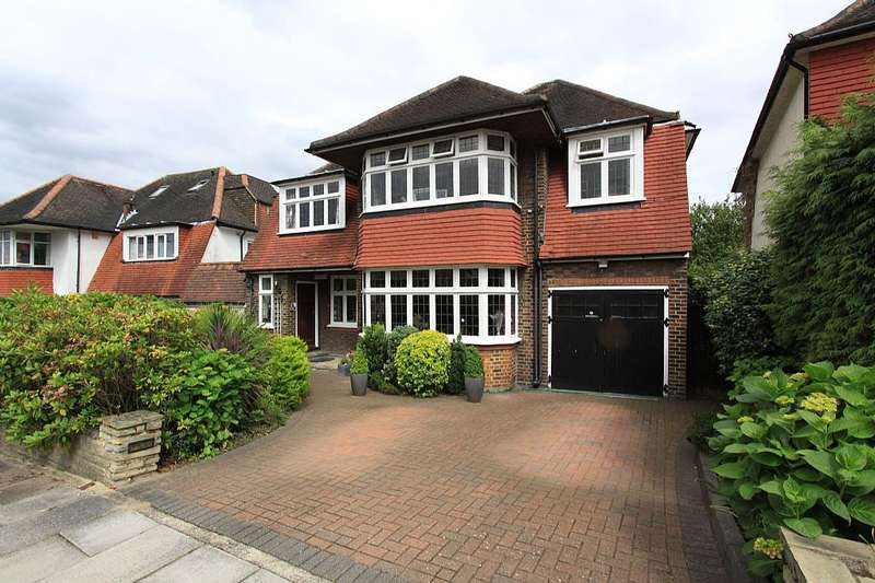 5 Bedrooms Detached House for sale in Sherwood Road, London, London, NW4