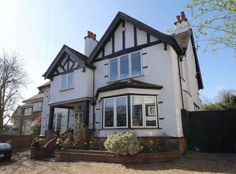 6 Bedrooms Detached House for sale in Braywick Road, Maidenhead, Berkshire, SL6 1DA