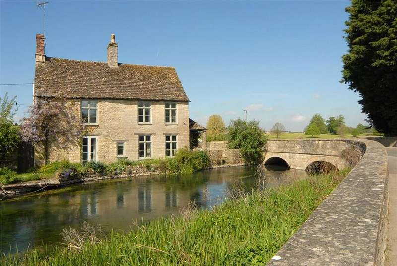 5 Bedrooms Detached House for sale in Milton Street, Fairford, GL7
