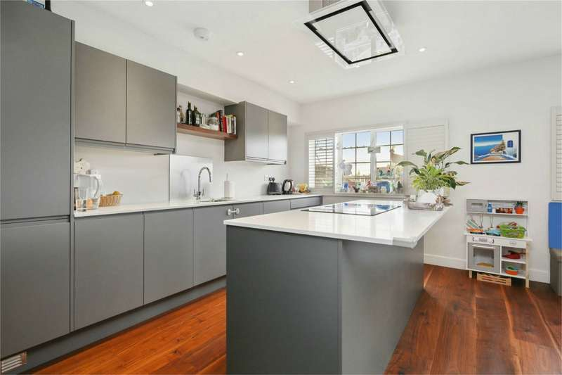 3 Bedrooms Flat for sale in Woodstock Studios, Woodstock Grove