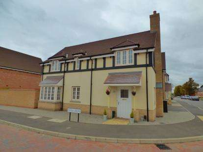 4 Bedrooms Detached House for sale in Colchester, Essex, United Kingdom
