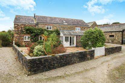 4 Bedrooms Barn Conversion Character Property for sale in Bodmin, Cornwall, England